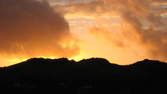 robzlog Ilfracombe - sunset over the Tors